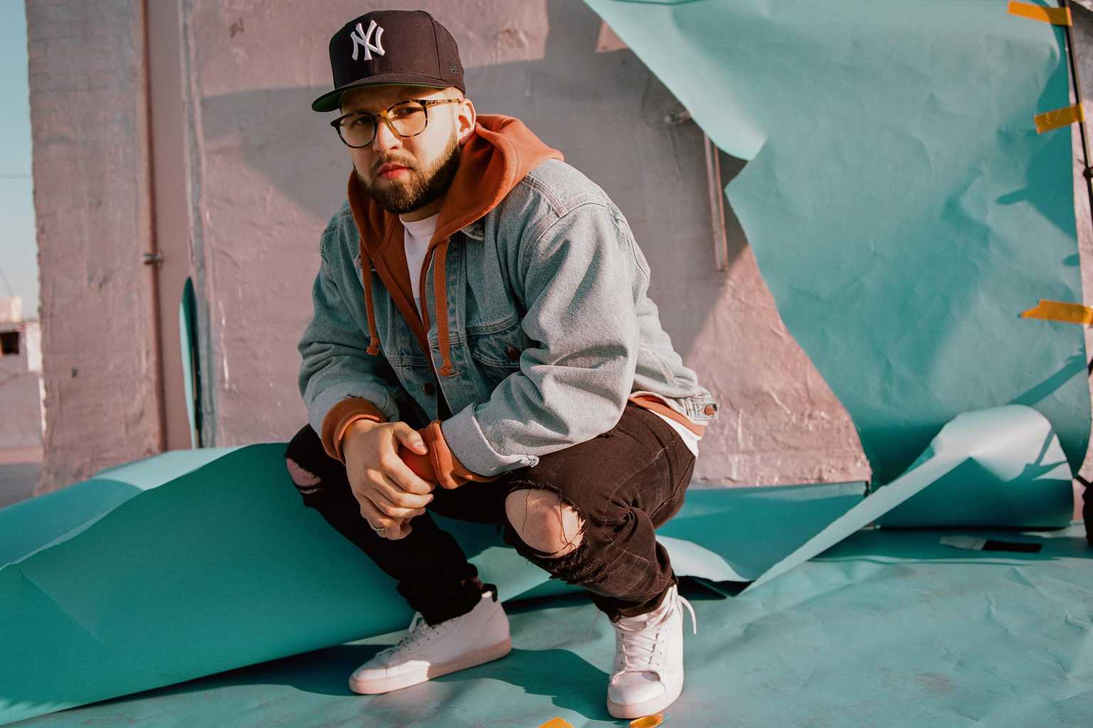 9da59dd91f05 Andy Mineo On How Insecurity Fueled His Latest EP.  The Sword  sees the  rapper as vulnerable as ever. He says that s a strength.